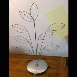 ⭐Sale⭐ Silver note holder stand with leaf design